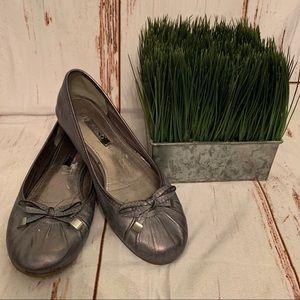 Ecco Silver Grey Flats 36 Professional Shoes